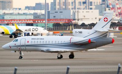 T-785 F900EX.jpg